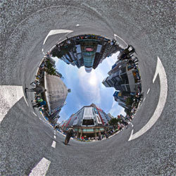 ginza_4chome_intersection_sky.jpg